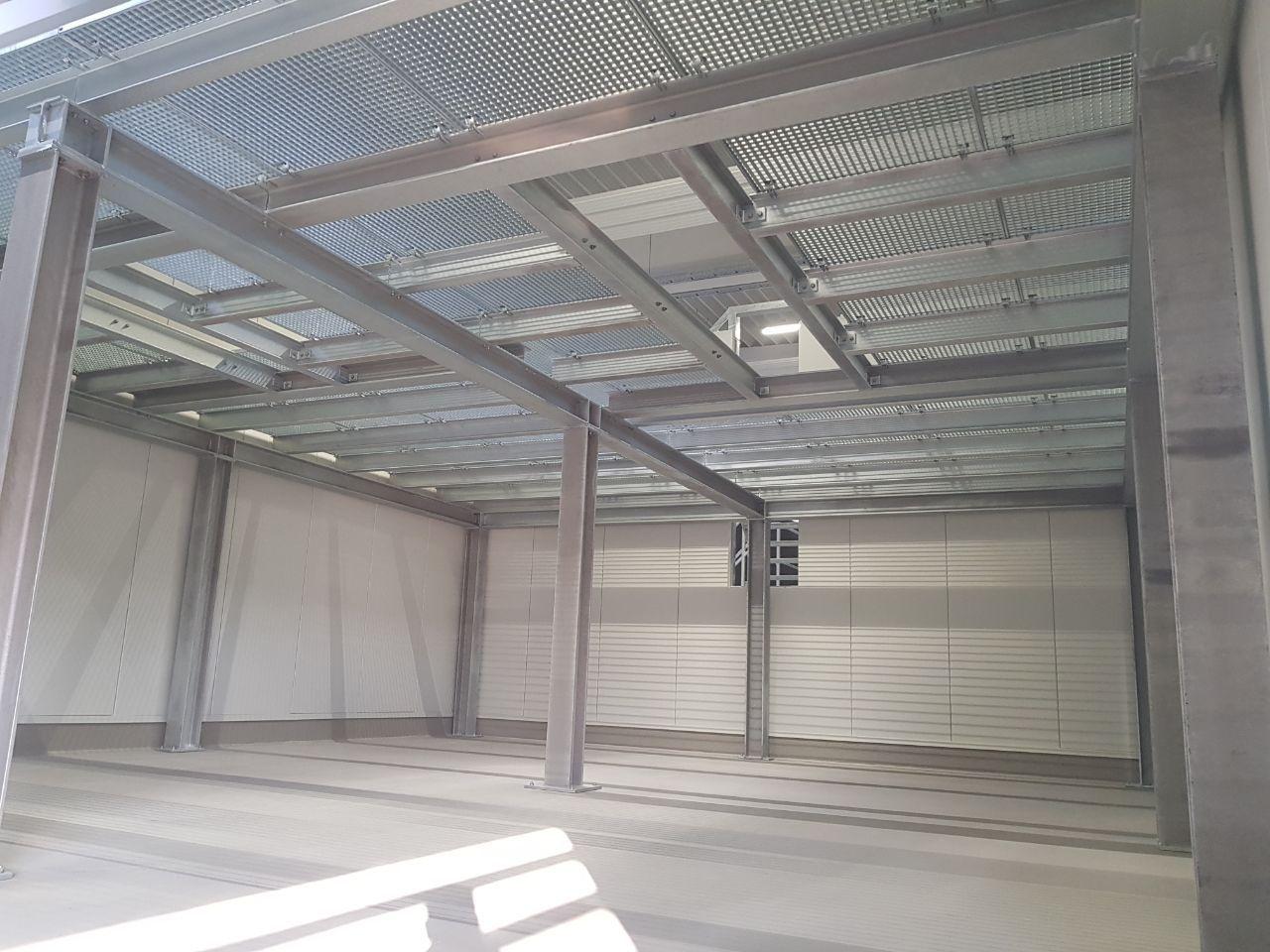 Stahlbühnen mit Gitterrosten