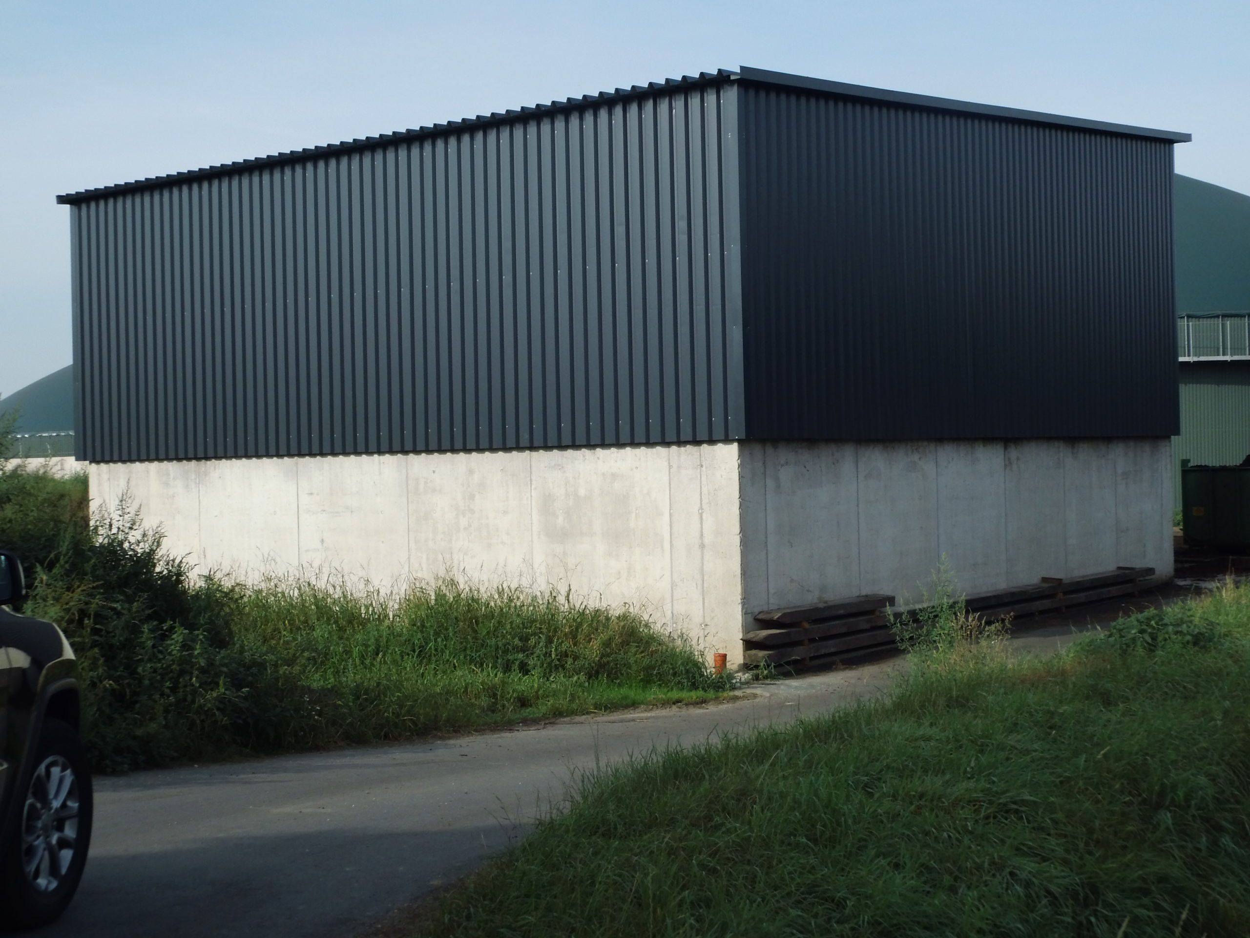 Stahlhalle mit Trapezblech